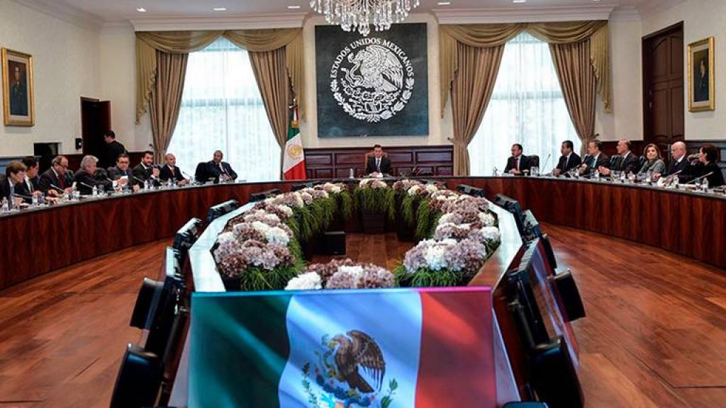 Peña se reúne con su Gabinete llama a respetar proceso electoral